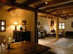 「アンティーク調家具でオシャレを演出!」桑原建設オススメの家づくり