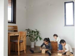 住宅ローン金利が過去最低~浜松市のパッシブ新築注文住宅・リフォームのマルベリーハウス(桑原建設)